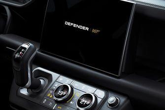 land rover defender v8, james bond, 007, no time to die, details