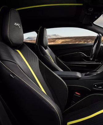 Aston Martin DB11 AMR, max verstappen, interieur, stoelen