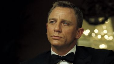 Bond girls Marvel rol James Bond Thor smoking, tuxedo, daniel craig, tips, feestdagen, james bond
