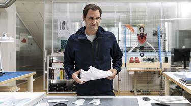 roger federer, on, sneakers (1)