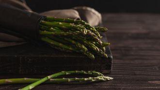verrassende recepten, asperges, aspergetijd, groene, witte