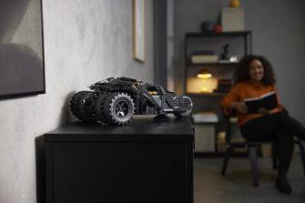 LEGO komt met herboren Batman Tumbler voor verzamelaars