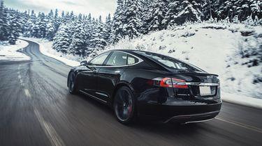 Tesla Model S dragrace 0-100 km/u