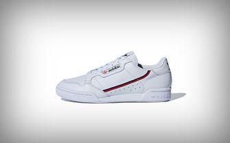 sneakers van adidas en puma
