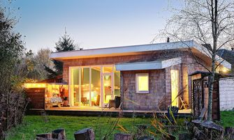 workation, nederland, airbnb, populairste huisjes, lelystad