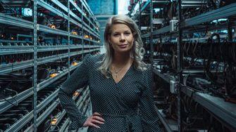 madelon vos, trader, miss bitcoin, cryptovaluta, rijk worden, interview