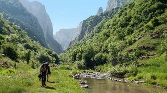 dolomiten, hiken, wandelen, italië, bergen, tips, actieve vakantie