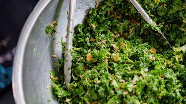 boerenkool, salade, eiwitten, voedingsmiddelen