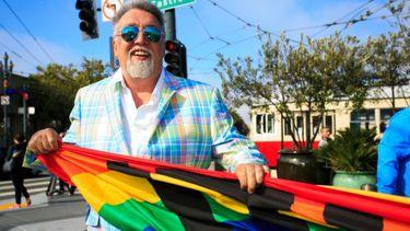 regenboogvlag, pride week, gay pride, amsterdam, betekenis, geschiedenis