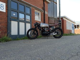 drie betaalbare custom bikes caferacers