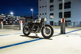 drie betaalbare custom bikes 2500 euro