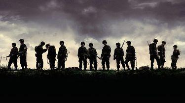 band of brothers, opvolger, serie, hbo, masters of the air, fukunaga, james bond, regisseur