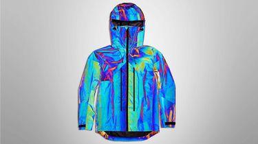 black squid jacket, vollebak, outdoor jas, regen, inktvis