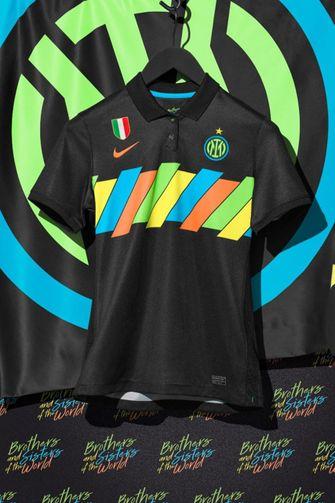 nike, inter milan, dumfries, nieuw derde shirt, regenboog