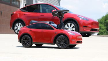 Tesla Model Y kinderversie Radio Flyer