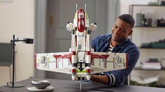 LEGO Star Wars Ultimate Collector Series Republic Gunship