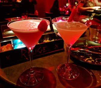 Bar Rouge, restaurant, Dining Manners