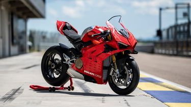 LEGO Technic, Ducati Panigale V4 R, motor