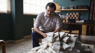 bankrekening, kijken, financiën op orde
