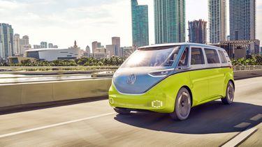 Volkswagen I.D. Buzz, Mercedes EQT