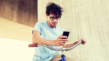 appen op de fiets, smartphone, boete, telefoon, campagne