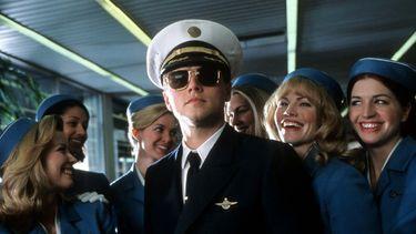 leonardo dicaprio, wat verdient een piloot, droombanen, droombaan, astronaut, hoeveel verdienen