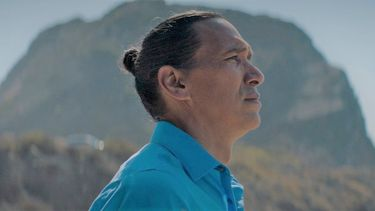 Trailer: Een duister geheim duikt op in Sundance-favoriet Wild Indian