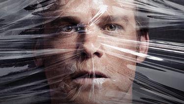 Nieuwe teaser: Dexter is terug, met een nieuw leven en tikkende tijdbom