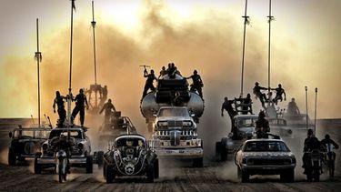 Dodelijk gestoorde auto's uit Mad Max: Fury Road worden geveild