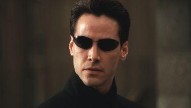 neo, keanu reeves, the matrix reloaded, kleding, zonnebril, kopen, veiling