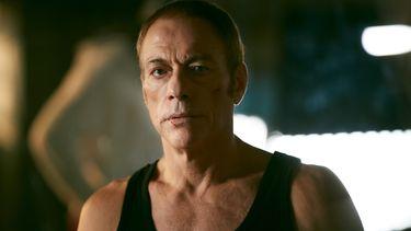 Netflix dropt trailer voor brute actiefilm met actieheld Jean-Claude Van Damme The Last Mercenary