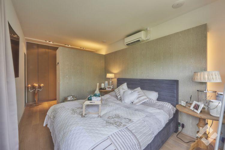 Master bedroom van het appartement.
