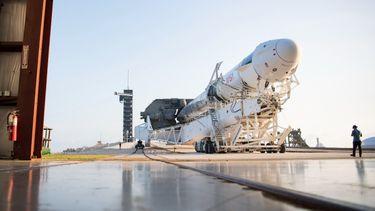elon musk, toeristen, ruimte, spacex, zonder astronauten