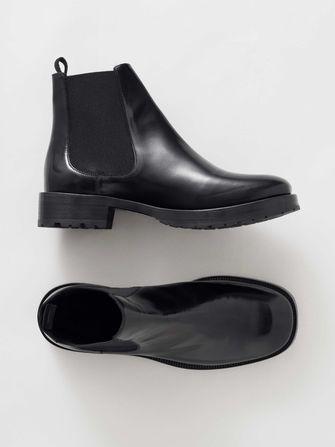 schoenentrends, tiger of sweden boots, enkelboots, modetrends, najaar, herfst, winter, 2019tiger of sweden boots, enkelboots, modetrends, najaar, herfst, winter, 2019