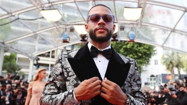 memphis depay, stella maxwell, filmfestival cannes 2021, rode loper looks, sexy