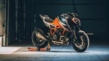 KTM 1290 Super Duke RR, naked bike