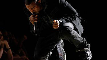 yeezy's, kanye west, duurste sneakers ooit, grammy's 2008