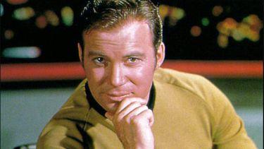 Jeff Bezos gaat ruimterecord breken met de echte Captain Kirk