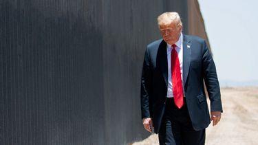 wall of lies, donald trump, muur, leugens, valse claims