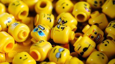 LEGO NINTENDO NES game console