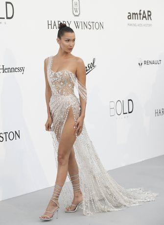 amfAR Gala, bella hadid, meest sexy rode loper looks, jurk, cannes, filmfestival