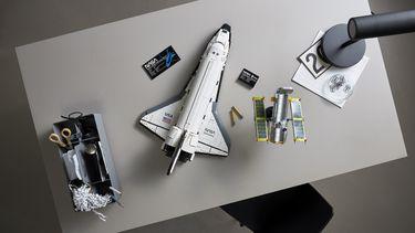 LEGO NASA Space Shuttle Discovery