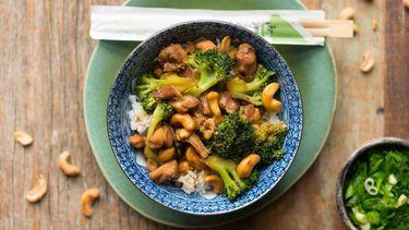 kip, rijst, broccoli, marinades