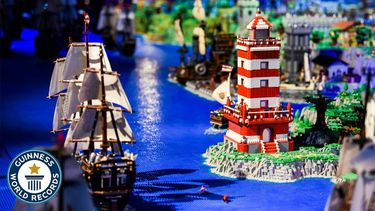 LEGO Guinness World Records