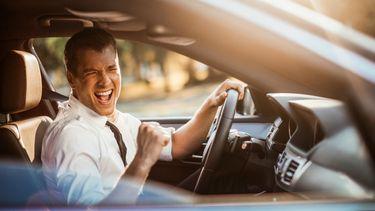 Zingen in de auto