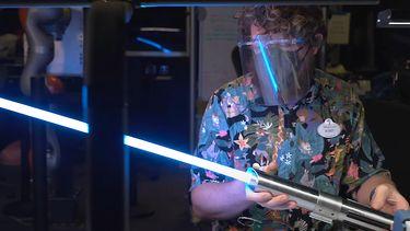 Rijke Star Wars-fans opgelet: Disney World toont peperdure attractie en lightsaber