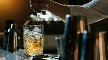 Herfstcocktail whisky vodka cocktail