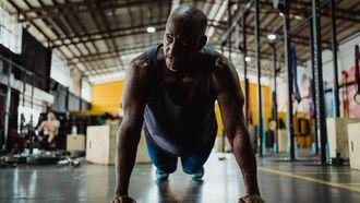 push-up, thuis borstpieren trainen, oefeningen